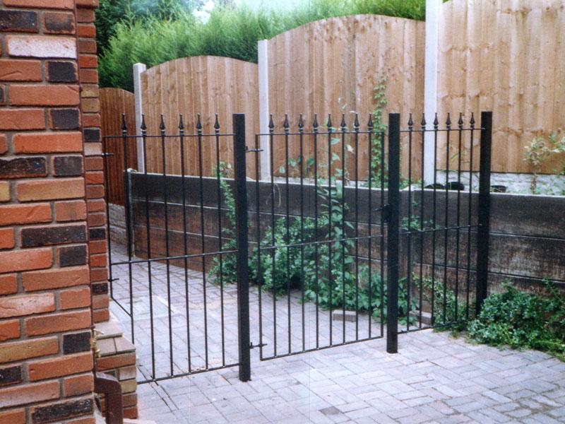 Artistic Engineering   Gates   Driveway Gates   Side Gates